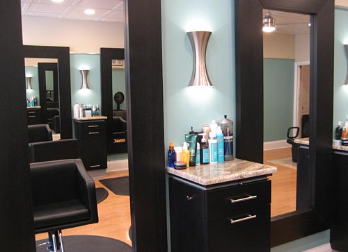 Headlines hair design in havertown pa new salon decor for Salon decor